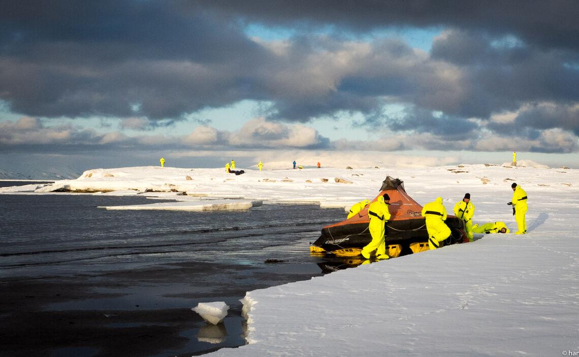 Polarcode Training Svalbard Spitzbergen