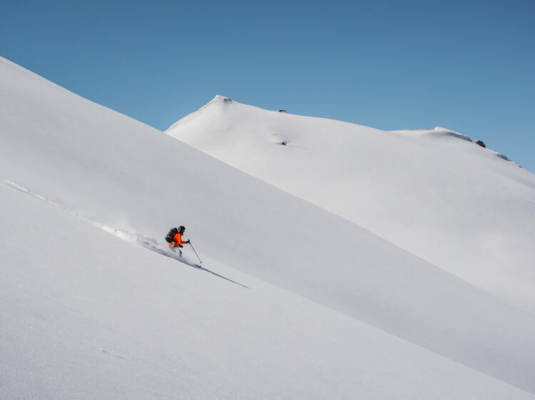 Powder Im Wallis Bei Der Skitour Von Huette Zu Huette
