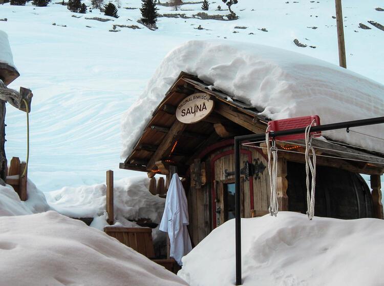 Sauna Auf Der Lavarella Hu Tte In Den Dolomiten