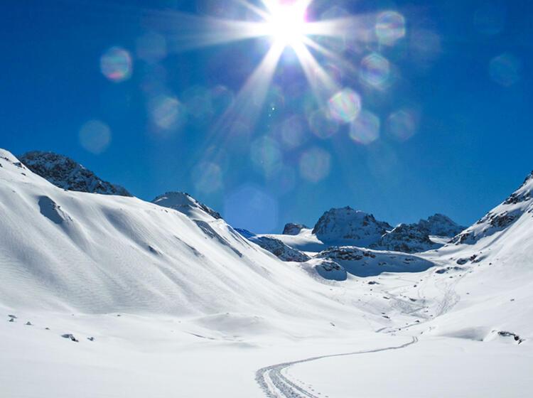 Schneeschuh Durchquerung Der Silvretta Jamtalhu Tte Und Wiesbadener Hu Tte