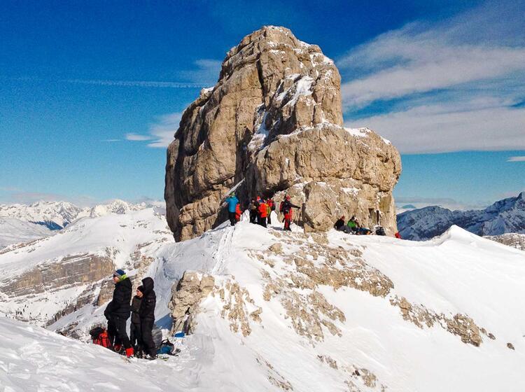 Schneeschuhwandern In Der Fanes Gefu Hrt