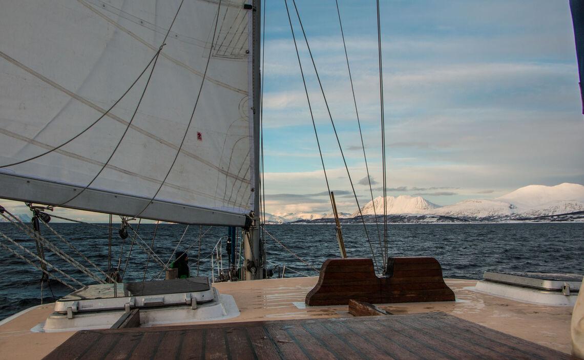 Segeln Und Skitouren In Norwegen