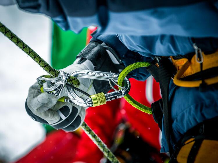 Sicherungstechnik Beim Eisklettern Im Vorstieg
