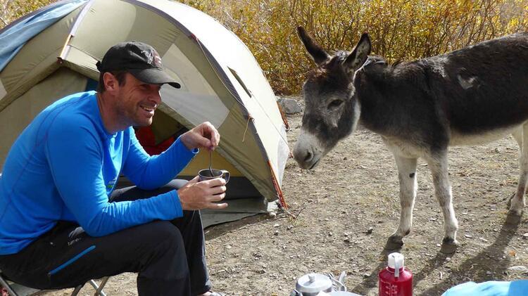 Simon Kraus Bergfuehrer Auf Trekkingreise In Ladakh