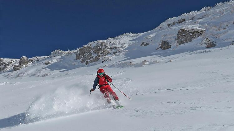 Skilehrerin Anna Hindelang Nebelhorn Freeride
