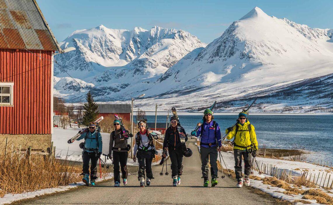 Skitour Auf Den Storgalten In Lyngen Vom Schiff