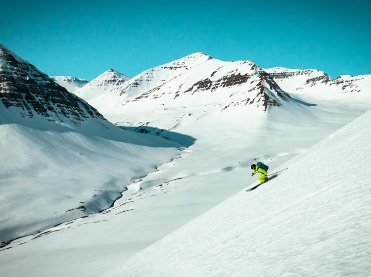 Skitouren Abfahrt Auf Island