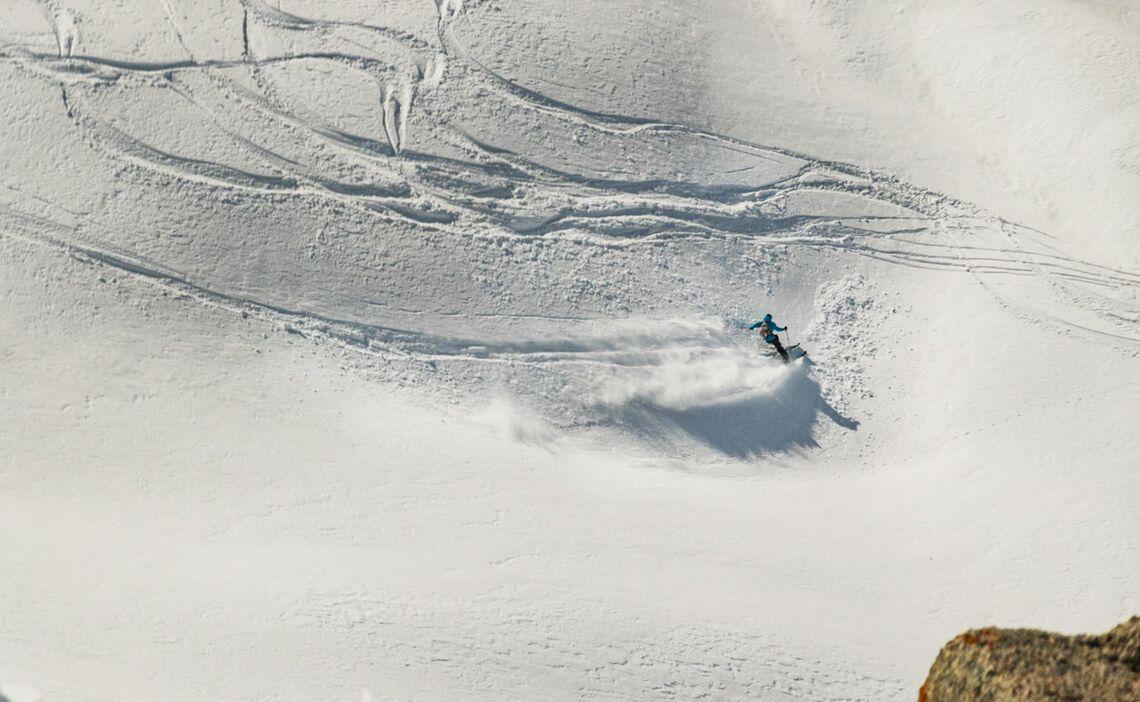 Skitouren Abfahrten In Kirgistan Mit Pulverschnee