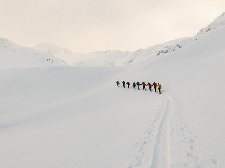 Skitouren Aufstieg In Den Karpaten Rumaenien Von Der Negoiu Huette