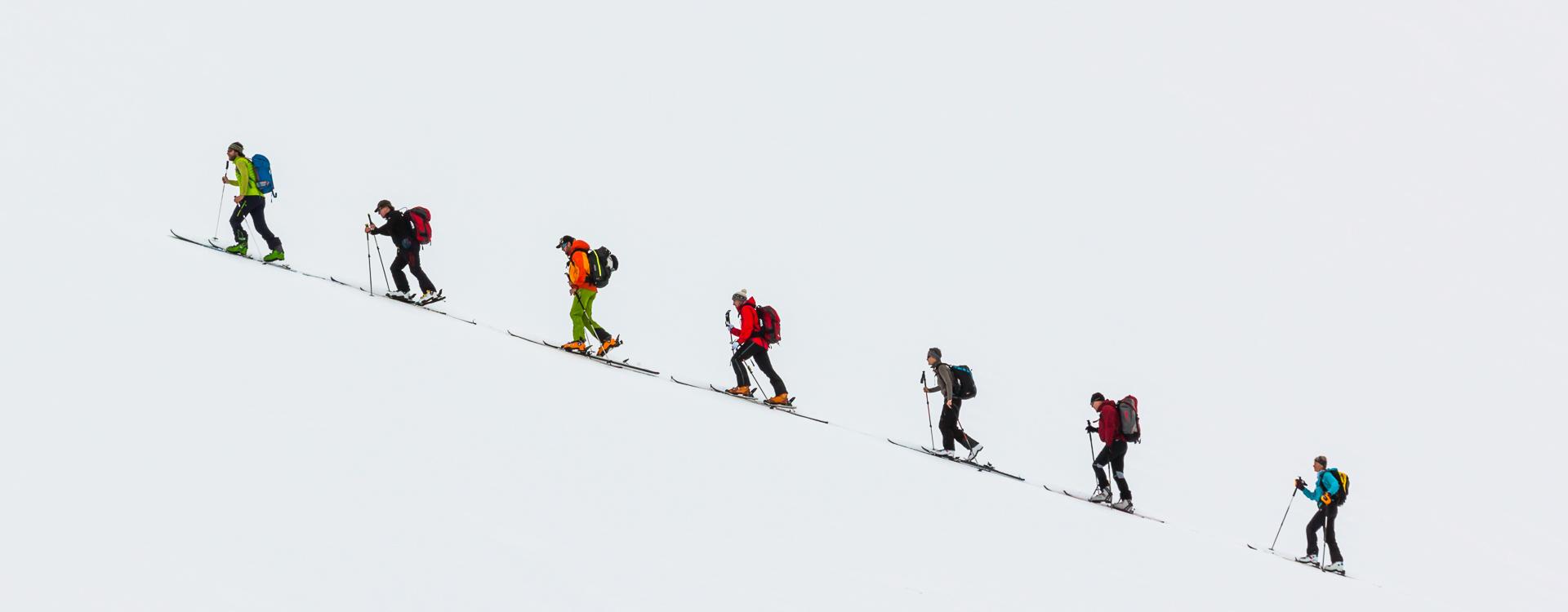 Skitouren Aufstieg lernen am Skitourenkurs