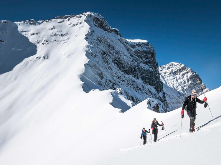 Skitouren In Kanda Rund Um Den Rogerspass