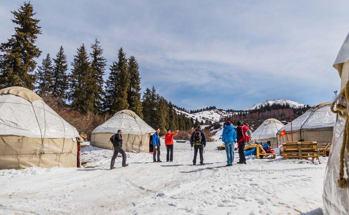 Skitouren In Kirgistan Vom Yurten Camp