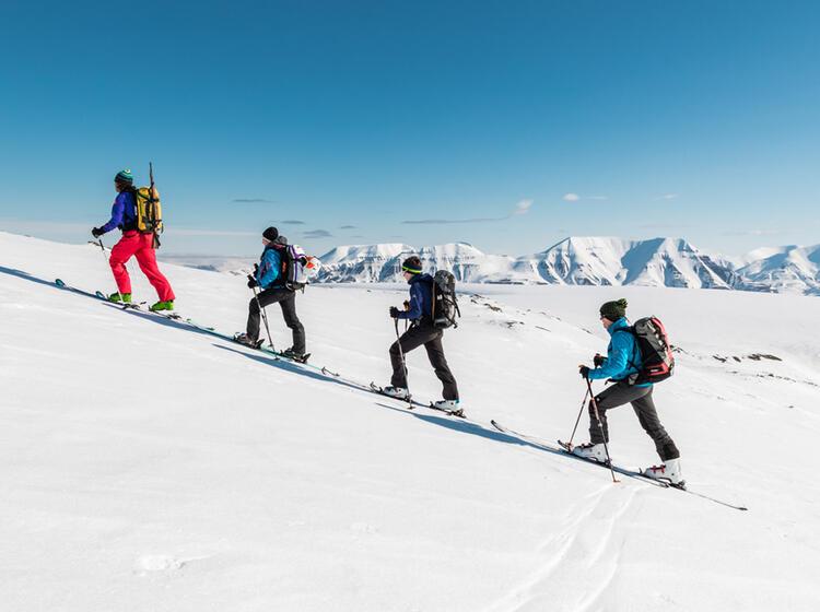 Skitouren In Spitzbergen Endlose Moeglichkeiten Im Land Der Eisbaeren