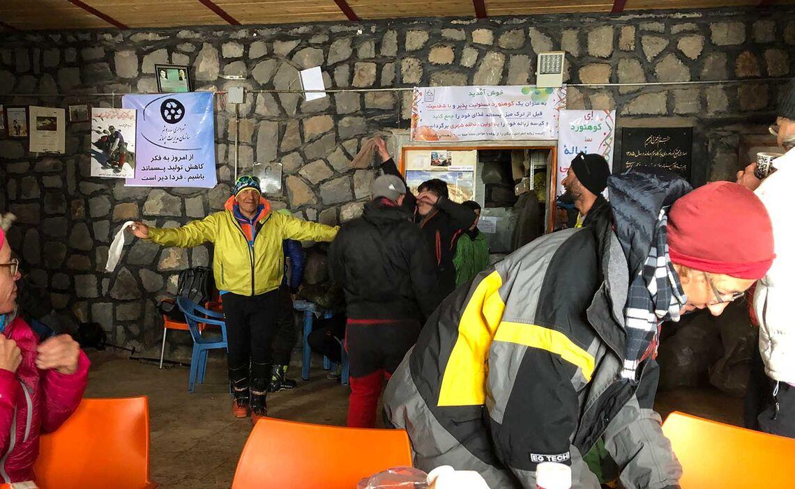 Skitouren Iran Feier Des Gipfelerfolgs