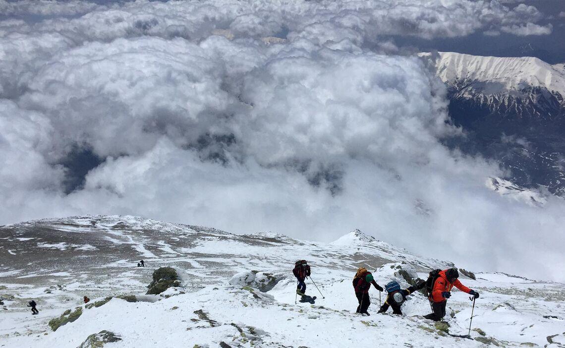 Skitouren Iran Im Aufstieg Zum Damavand
