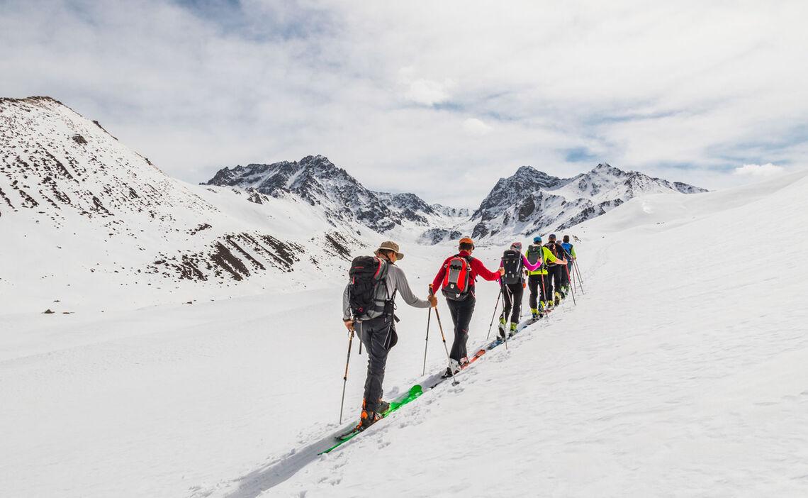 Skitouren Mit Bergfuehrer In Kirgistan