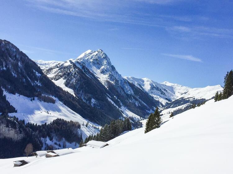 Skitouren Mit Bergfuehrer Rund Um Die Oberlandhuette In Kitzbuehl