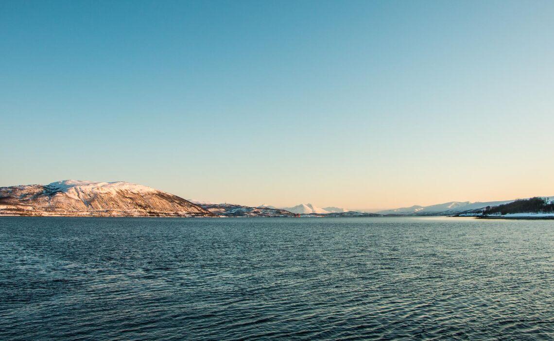 Skitouren Vom Boot Aus In Norwegen Mit Dem Segel Schiff