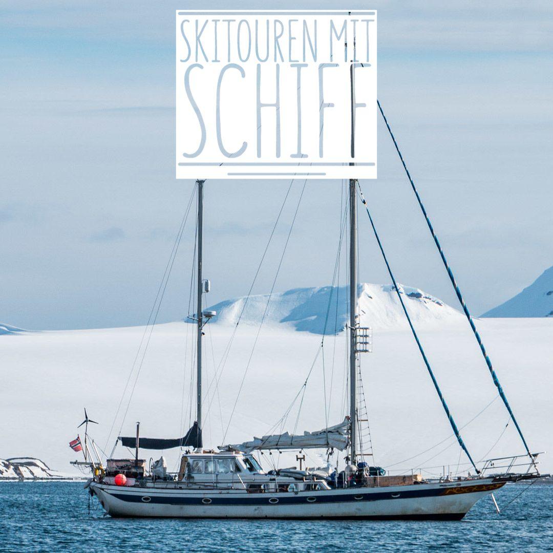 skitouren-vom-schiff-bei-einer-gefuehrten-skitourenreise-in-norwegen.jpg