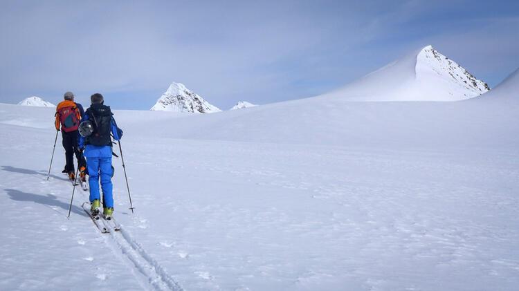 Skitourengeher Im Aufstieg