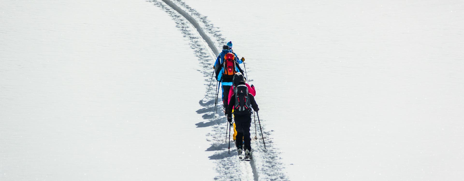 Skitourenkurse und Lawinenkurs fuer Einsteiger