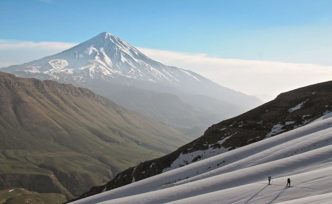 Skitourenreise In Den Iran Zum Damavand