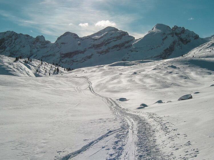 Skitourenwoche In Den Dolomiten Auf Der Fanes Alm