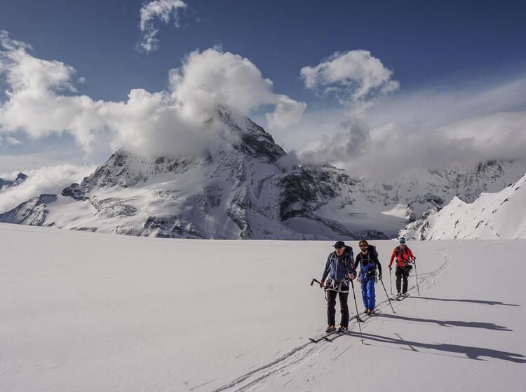 Skitourenwoche In Der Schweiz Auf Der Tour Du Ciel