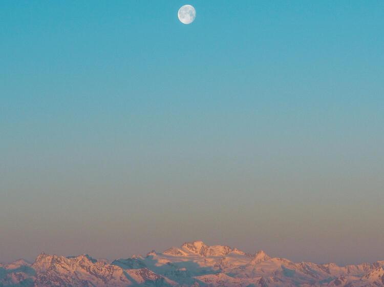 Sonnenaufgang Auf Der Mantova Huette