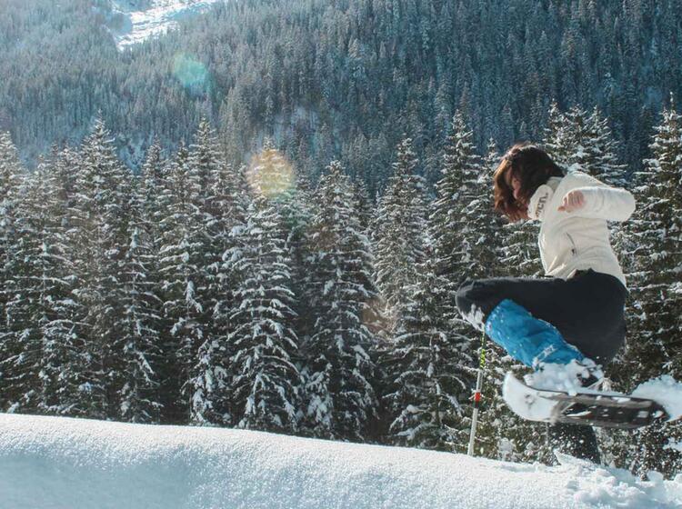 Spass Beim Winterwandern Mit Schneeschuhen