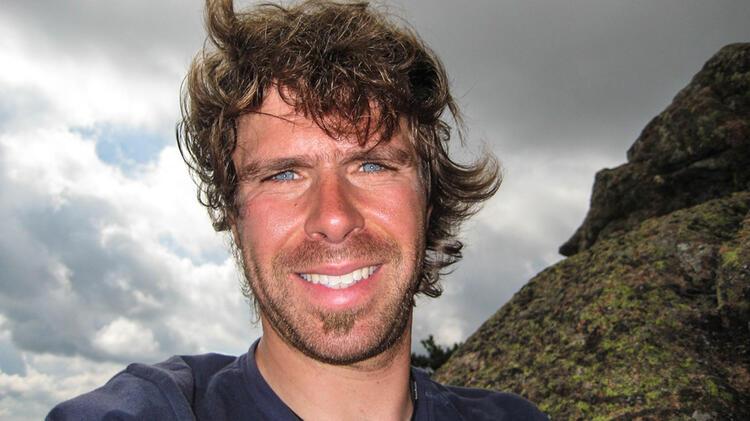 Stefan Biggel Ist Bergfuehrer Fuer Hochtourenkurse Und Gletscherkurse