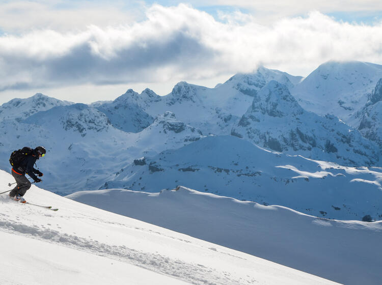 Traum Abfahrten In Montenegro Bei Den Skitouren