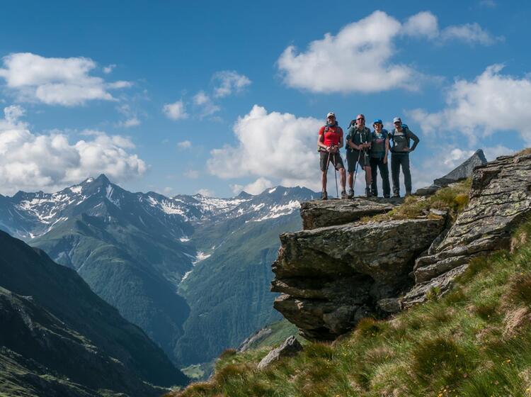Traum Ausblick Beim Wandern Mit Bergfuehrer In Den Hohen Tauern