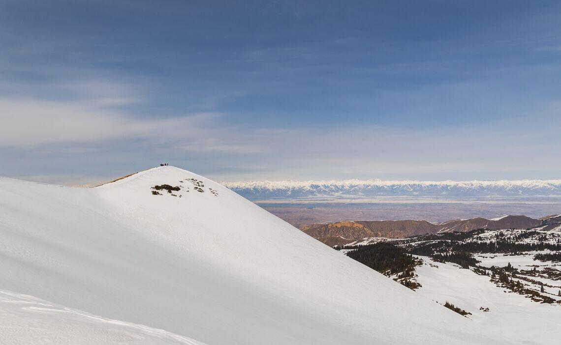 Traum Aussicht Auf Den Issyk Kul See In Kirgistan Auf Skitour