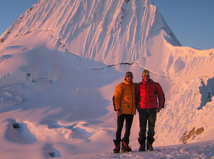 Traum Gipfel In Den Anden Alpamayo