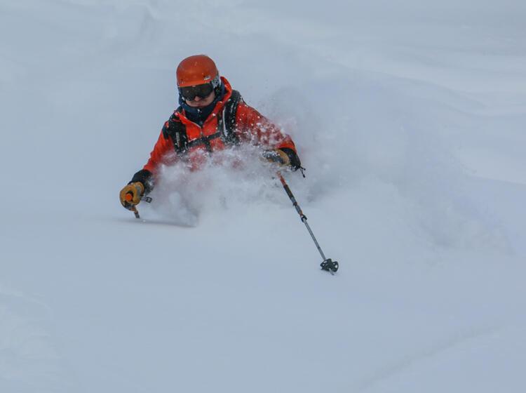 Traum Pulverschnee In Sibirien Beim Skitouren