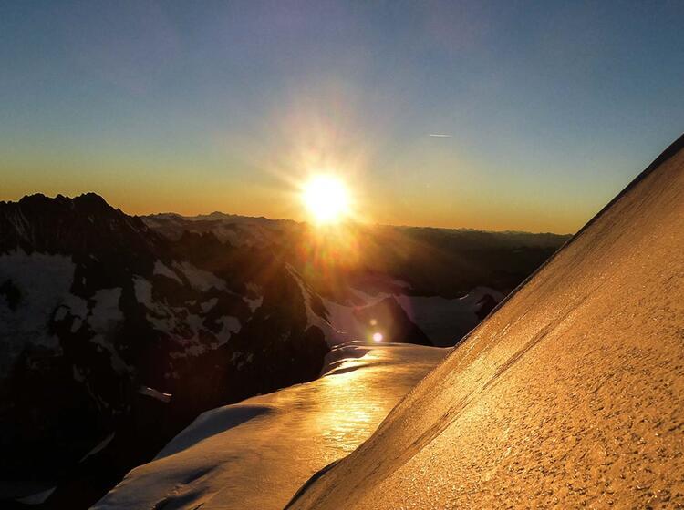 Viertausender Im Berner Oberland 1