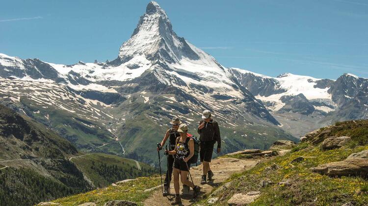Wandern Am Matterhorn Auf Der Gefuehrten Tour Rund Um Zermatt