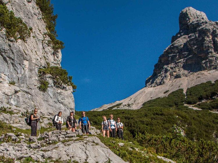Wandern Auf Die Zugspitze Durch Das Reintal