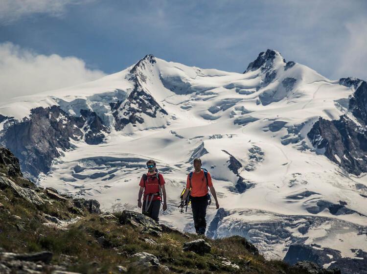 Wandern Im Banne Der Gletscher In Zermatt