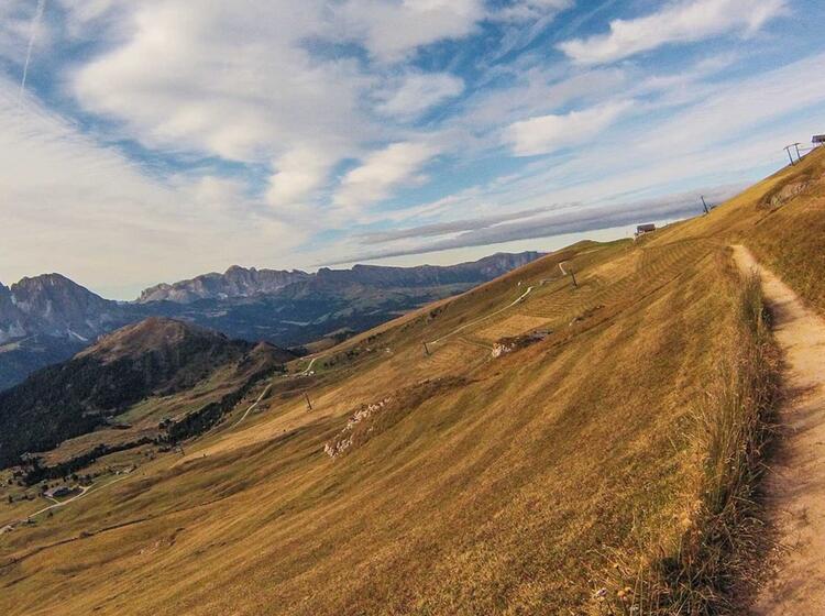 Wandern In Den Dolomiten Gefuehrt