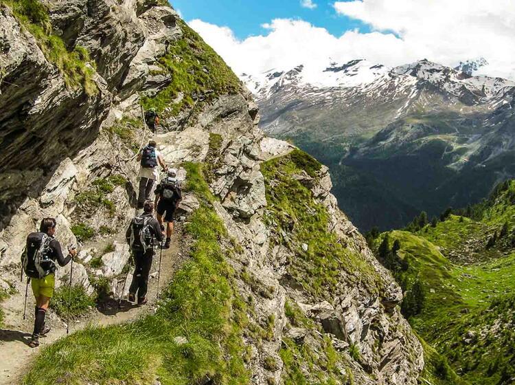 Wandern In Der Schweiz Rund Um Zermatt