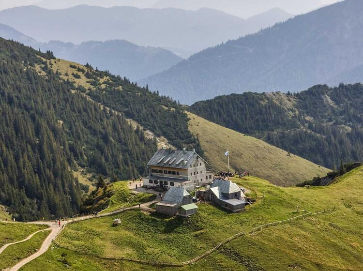 Wandern Rund Um Das Rotwandhaus Auf Der Drei Seentour Spitzingsee Tegernsee Und Schliersee