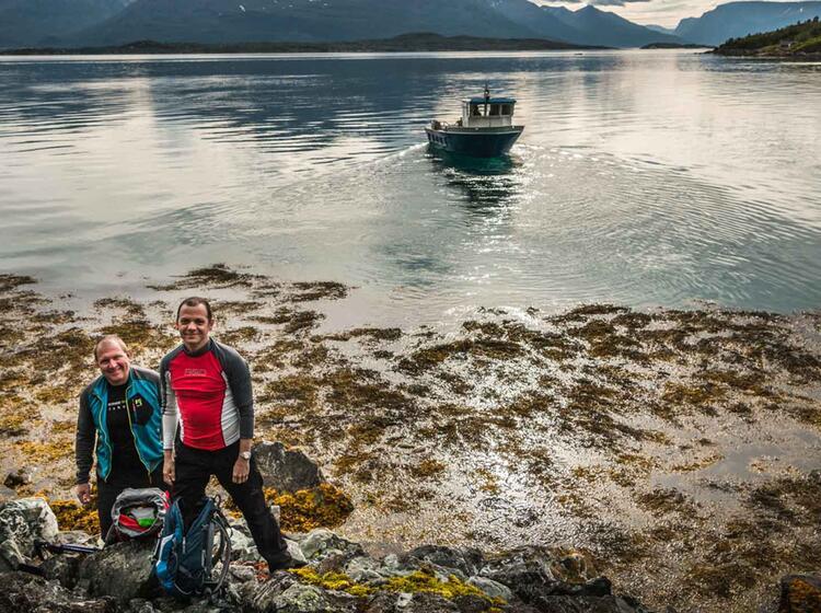 Wandern Vom Schiff Im Lyngenfjord