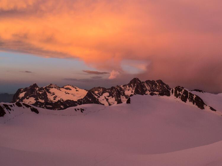Wilde Stimmung Im Berner Oberland Auf Der Hochtourenwoche Mit Bergfuehrer