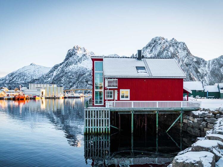 Winterstimmung Im Fruehjahr Auf Den Lofoten