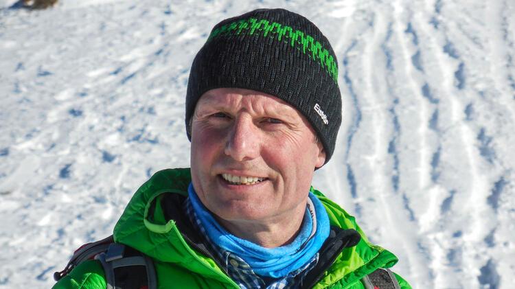 Winterwandern Mit Bergwanderfuehrer Albert Bucher